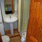 Holly room Shower en-suite